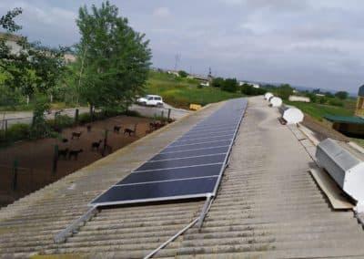 Autoconsumo de 10 kW en Granja Caprina